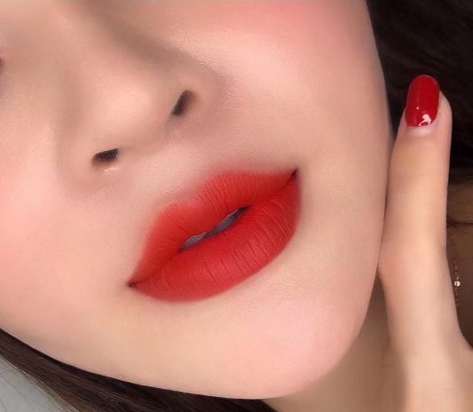 Balik Kampung Spa lips embroidery